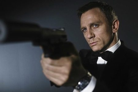 How James Bond May Change To Keep Daniel Craig As 007