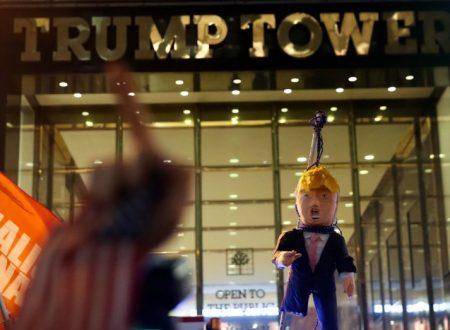 Los Angeles Protestors Burn Donald Trump's Head in Effigy